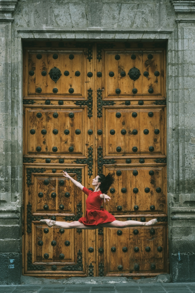 Dancers Practicing On The Streets Of Mexico #artpeople